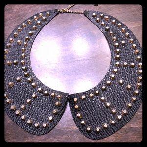 Jewelry - Black and gold choker